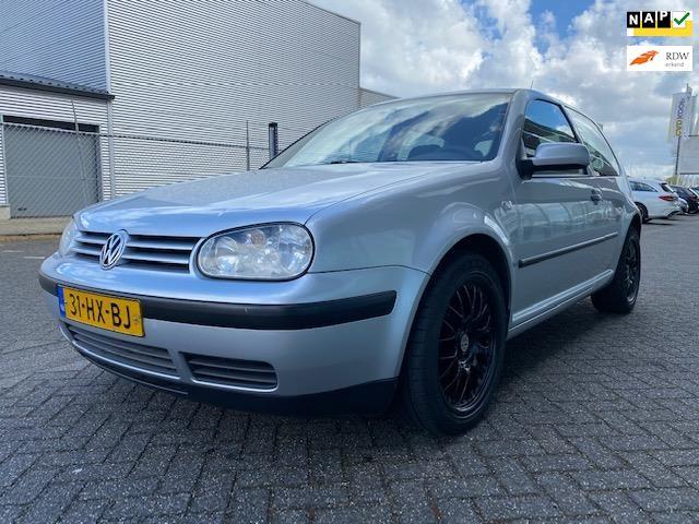 Volkswagen Golf occasion - LVG Handelsonderneming