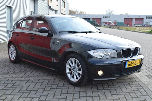 BMW 1-serie 120i bj04 airco elec pak goed onderhouden mooie auto