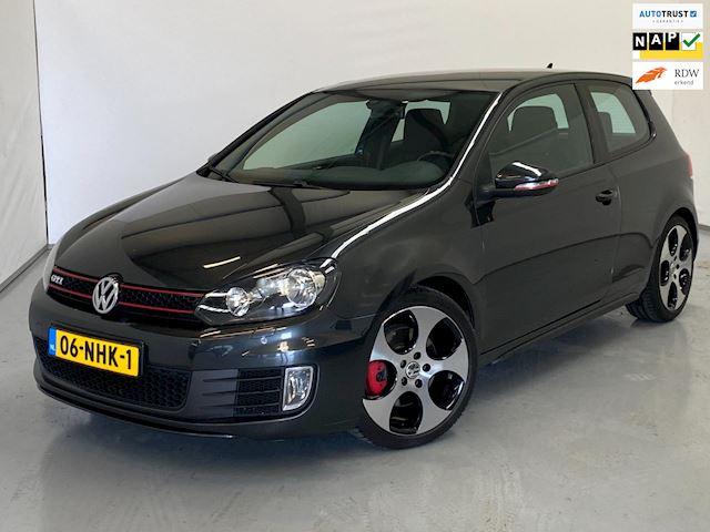 Volkswagen Golf 2.0 GTI / Navi / ECC / NL Auto / 18