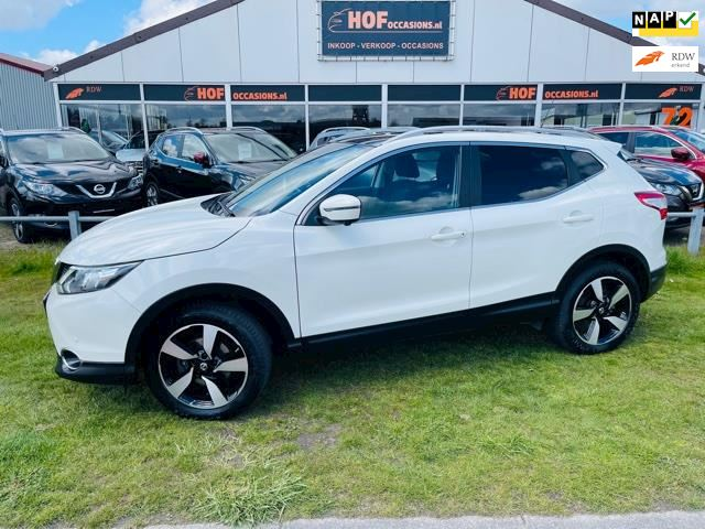 Nissan Qashqai 1.6 Connect Edition TEKNA / PANO / NAVI / TREKHAAK