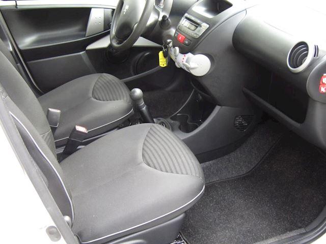 Peugeot 107 1.0 Active, airco, origineel NL