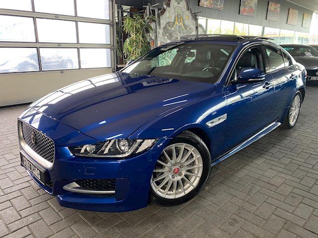Jaguar XE 2.0 D Aut. R sport/pano/cam/lane/meridian/voll!!
