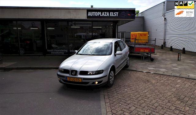 Seat Leon /inruilkoopje/airco/winterbanden/rijd goed/apk 11-2021!!