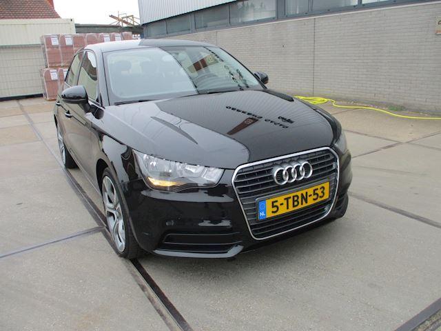 Audi A1 Sportback 1.2 TFSI Attraction Pro Line Business