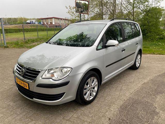 Volkswagen Touran 1.4 TSI Optive automaat , nieuwe ketting en beurt, airco