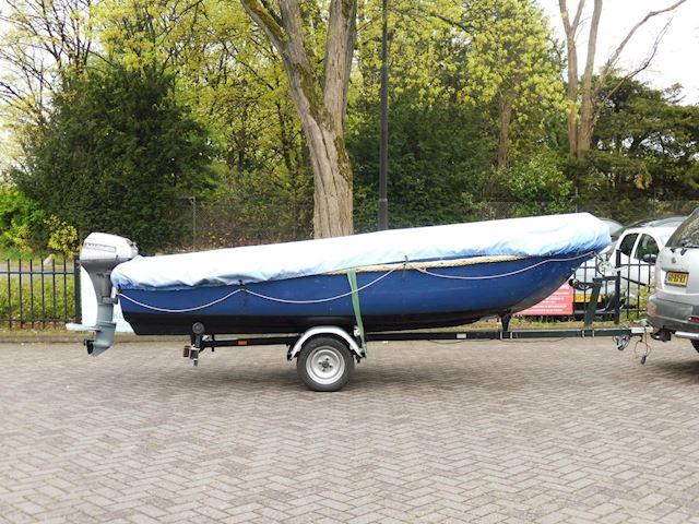 Sloep/ 4,80m/ 9,9 4takt mariner/incl.trailer/VERKOCHT