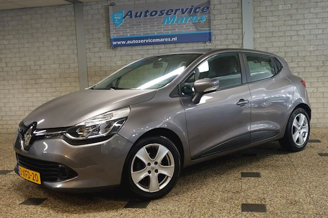 Renault Clio 0.9 TCe  Expression, navi, cruise, airco, afn trekhaak, 16 inch LM