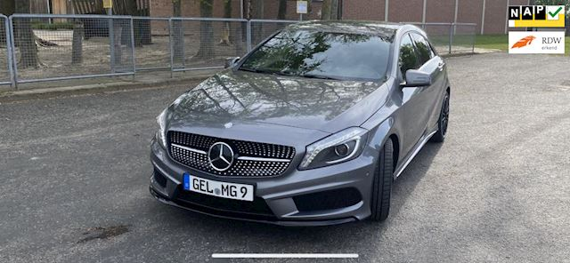 Mercedes-Benz A-klasse 180 Benzine Amg uitgevoerd airco