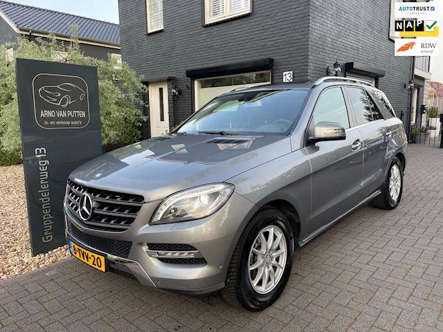 Mercedes-Benz M-klasse 350 Bluetec / Zeer netjes! Dealer onderhouden!