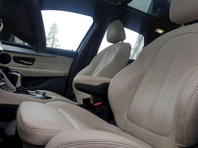 BMW 2-serie Active Tourer 220d xDrive M Sport Automaat Pano Leder