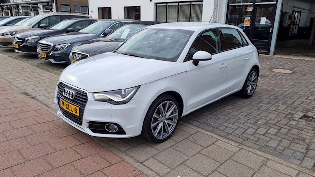 Audi A1 Sportback 1.2 TFSI Ambition Pro Line Business,Navigatie,Airco,Parkeersensoren,L.M.Velgen