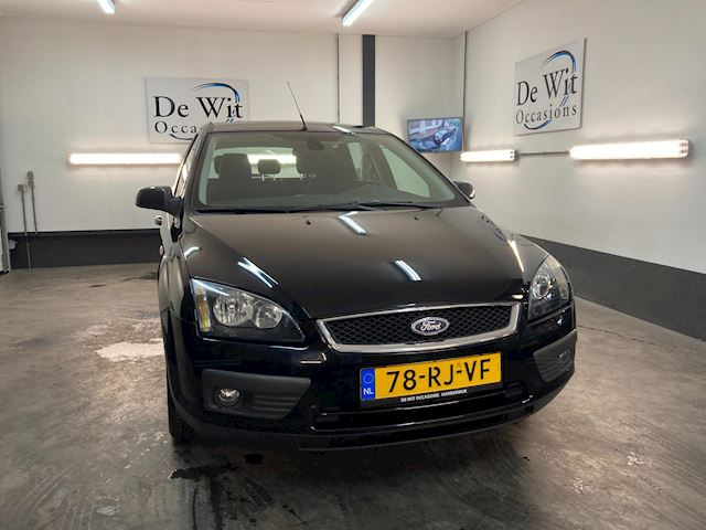 Ford Focus Wagon 1.6-16V First Edition van 1e EIG. incl. CLIMA./CR.CONTROL/ in NETTE STAAT !! NWE APK/GARANTIE.
