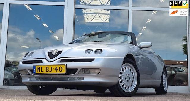 Alfa Romeo Spider 2.0i 16V T.Spark ijskoude Airco Mooi Hartop RVS Uitlaat