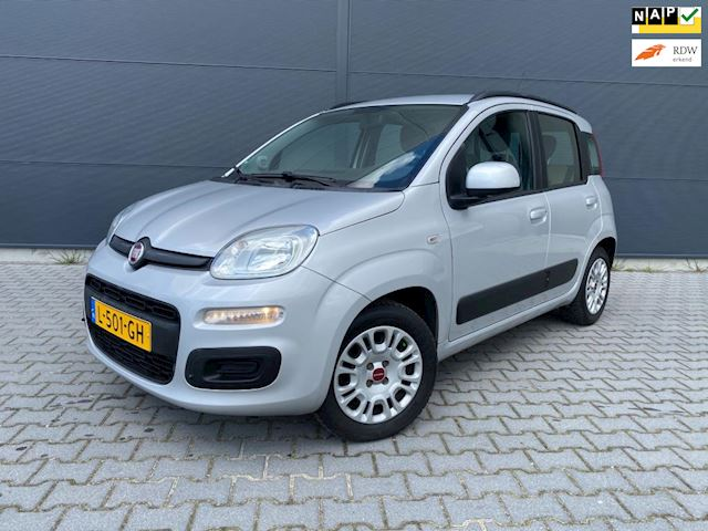Fiat Panda 1.2 lounge bouwjaar 2012 ( nw model )