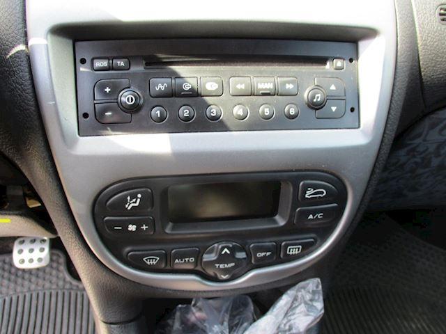 Peugeot 206 1.6-16V Quiksilver airco elek pak nap apk