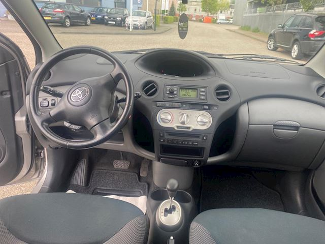 Toyota Yaris 1.0 VVT-i Sol AUTOMAAT 2e Eigenaar