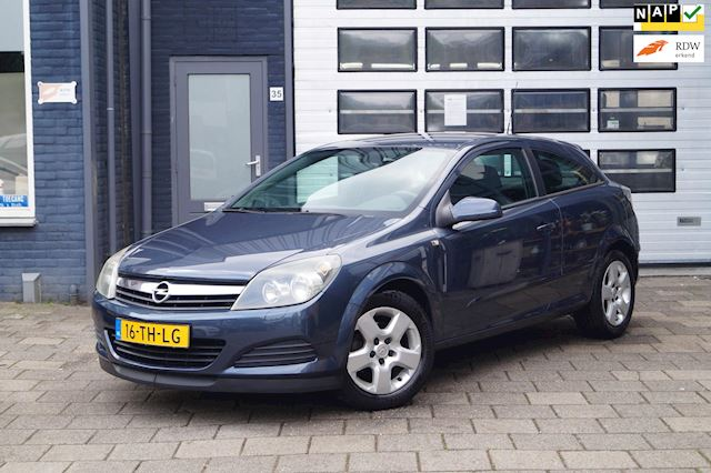 Opel Astra GTC 1.6 Edition | Airco | Cruise | N.A.P