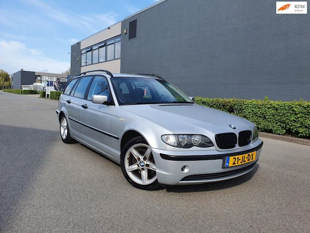 BMW 3-serie Touring 318i Executive/AUTOMAAT/PSENSOR/AIRCO/CRUISE/NAP