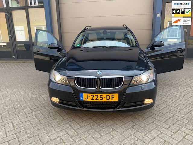 BMW 3-serie Touring 320d High Executive I XENON I NAVI I PANO I AUTOMAAT I NW KETTING!!!!!!!