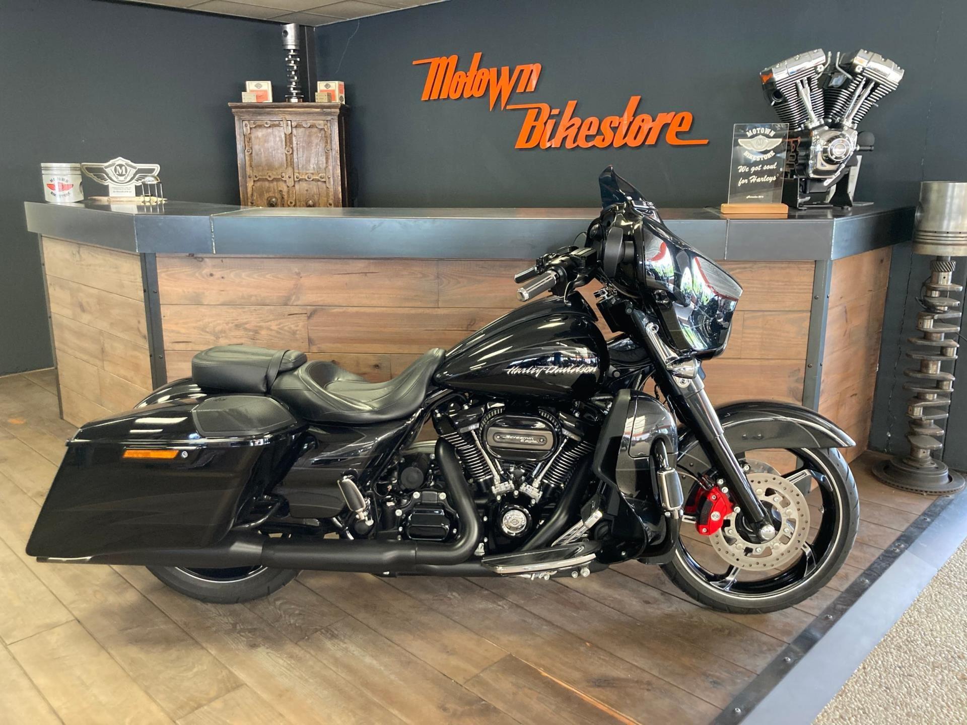 Harley Davidson FLHXSE CVO Streetglide 114Ci occasion - Motown Bikestore