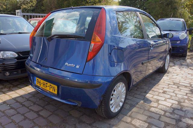 Fiat Punto 1.2 rijd goed 3 drs 130 dkm apk tot 10-7-2022