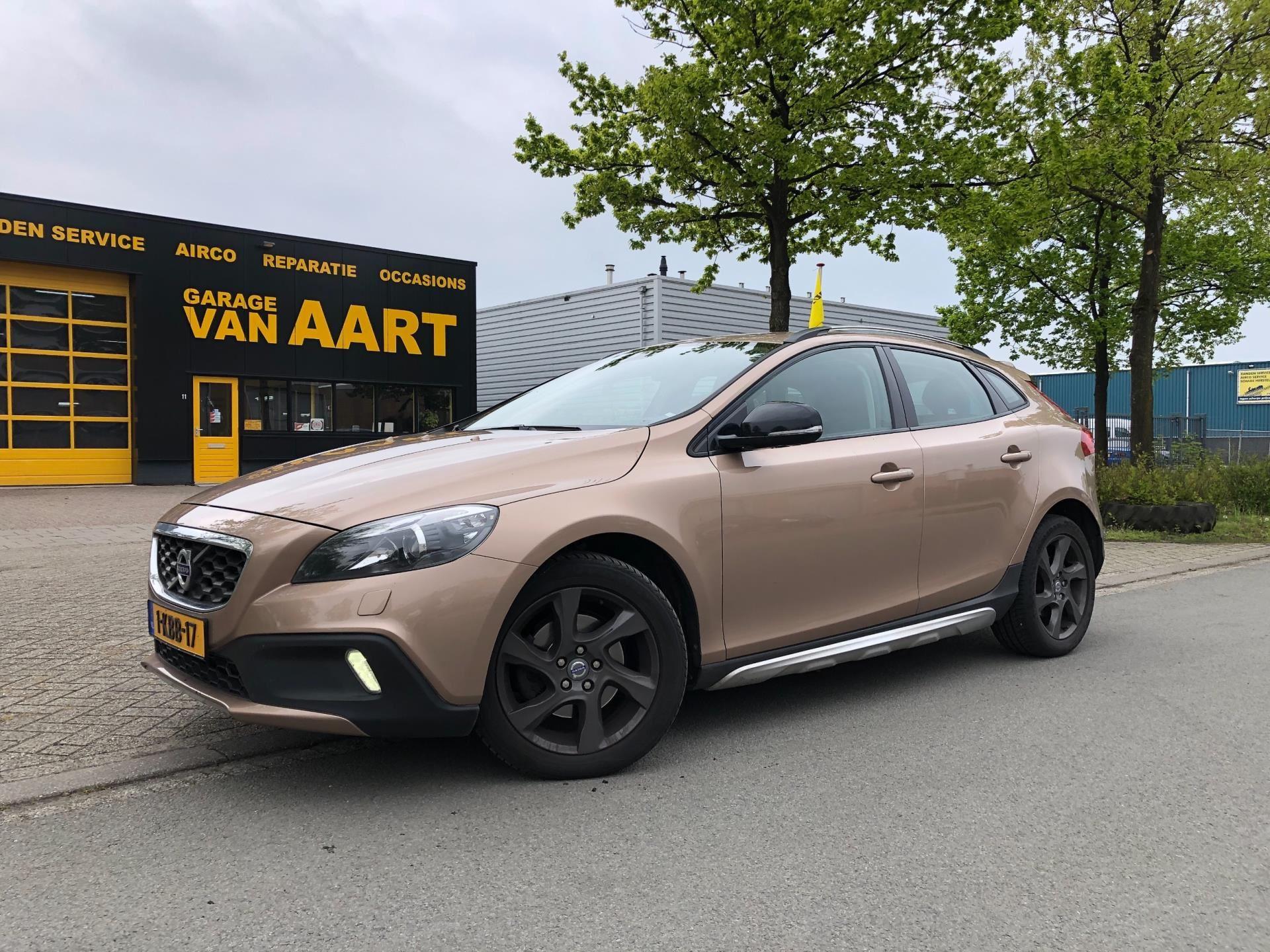 Volvo V40 Cross Country occasion - Garage van Aart