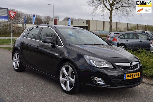 Opel Astra 1.6 Turbo Sport 180pk 5-DEURS/2e eigenaar/NAVI/CLIMA AIRCO/LM-VELG/LEDEREN BEKLEDING/nieuwe APK/NAP/UITSTEKENDE STAAT