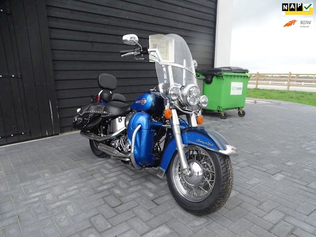 Harley Davidson Chopper 88 FLSTCI Heritage Classic