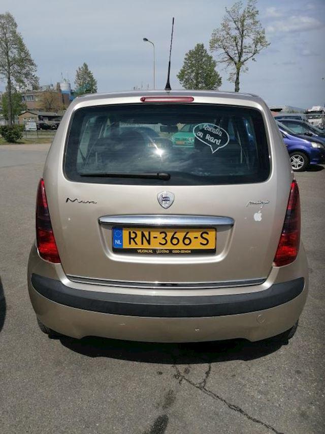 Lancia Musa 1.3 JTD Oro