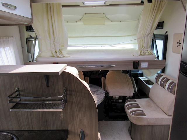 vkAutostar Auros Integraal Queenbed Hefbed Fiat 150PK Bj2014