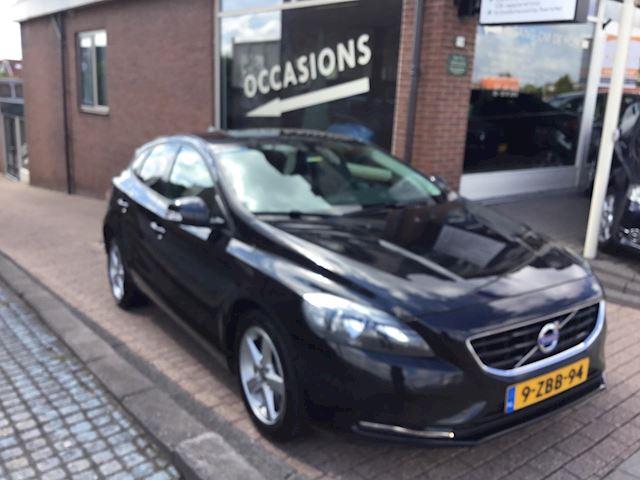 Volvo V40 2.0 D4 Momentum Business