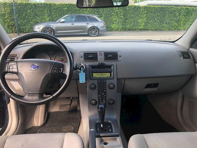 Volvo V50 2.4 D5 Edition I automaat / airco / schade rechts