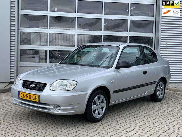 Hyundai Accent 1.3i Active Young bj.2005 Invalide aanpassing|Airco.