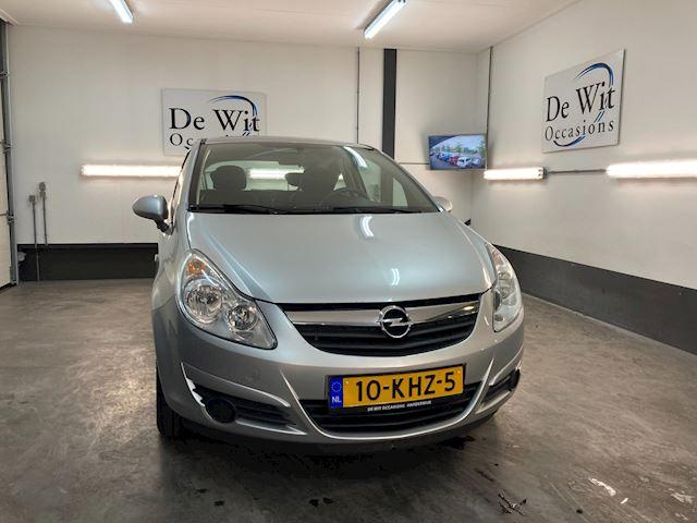Opel Corsa 1.0-12V Selection uitv. met ORG. 110000 KM. !! NWE APK/GARANTIE.
