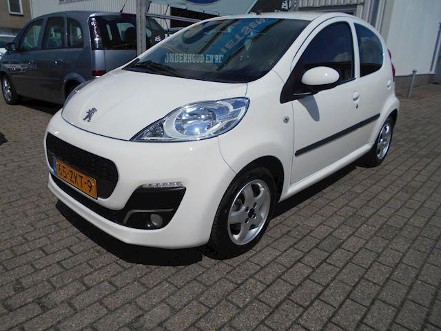 Peugeot 107 1.0 Sportium