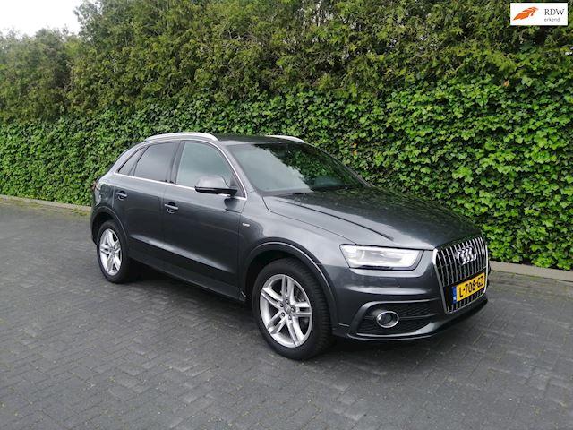 Audi Q3 1.4 TFSI  S-Line  Aut., Keyless Go, Xenon, Pdc !