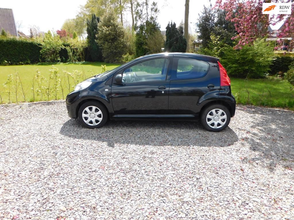 Peugeot 107 occasion - Dave Mutsters Autoservice B.V.