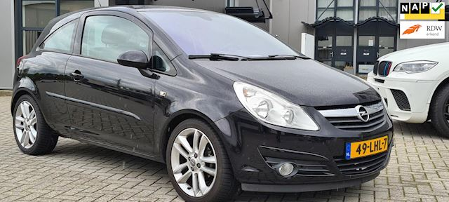 Opel Corsa 1.4-16V Cosmo Zwart .Automaat