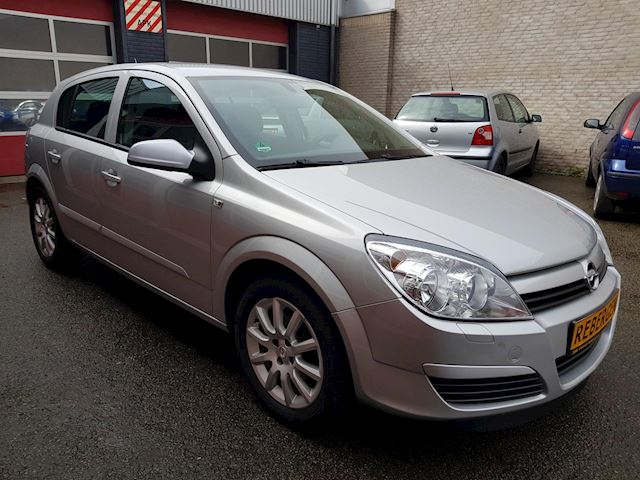 Opel Astra 1.6 Elegance