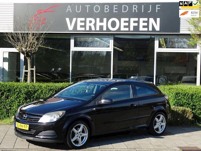 Opel Astra GTC 1.6 Enjoy - APK MAART 2022 - AIRCO - ELEKTR RAMEN/ SPIEGELS - MULTI STUUR