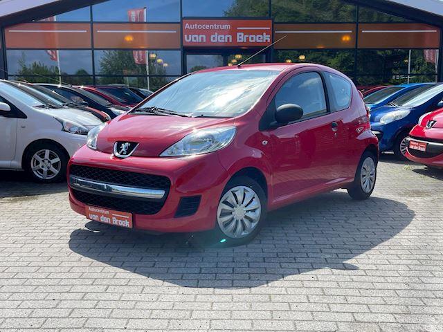 Peugeot 107 1.0-12V XS Nieuwe Apk