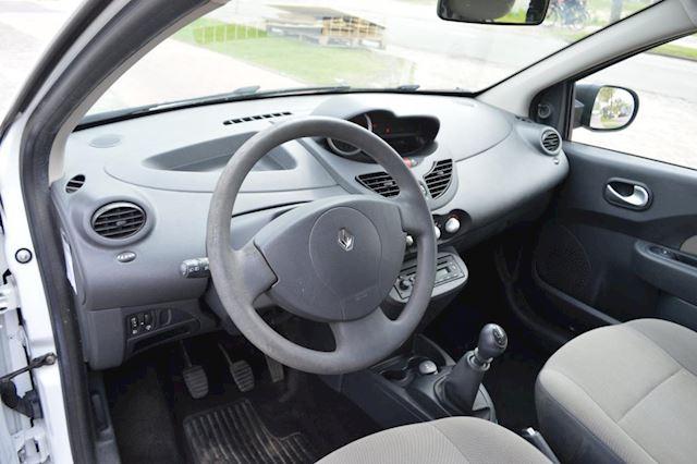Renault Twingo 1.2-16V Authentique bj10 airco elec pak trekhaak