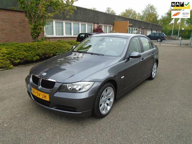 BMW 3-serie 318i High Executive youngtimer Boekjes Nap Airco Leer