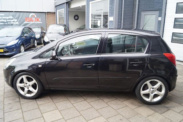 Opel Corsa 1.2-16V Sport   Automaat   5-DEURS   LMV