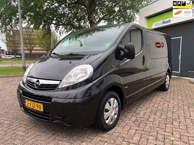 Opel Vivaro 2.0 CDTI L2H1/6persoons/Airco/Navi/PDC/Trekhaak/goed-onderhouden