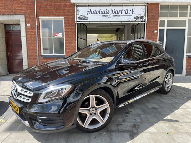 Mercedes-Benz GLA-klasse 180 Premium Plus AMG. Automaat, Bruin Leder.