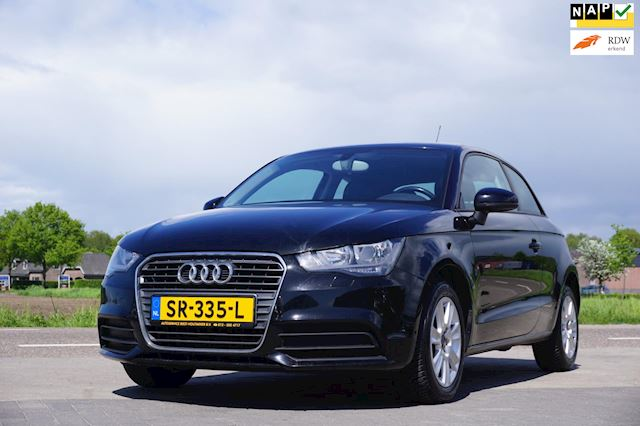 Audi A1 1.2 TFSI Attraction, Airconditioning, LM Velgen