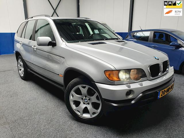 BMW X5 occasion - Euro Cars & Campers