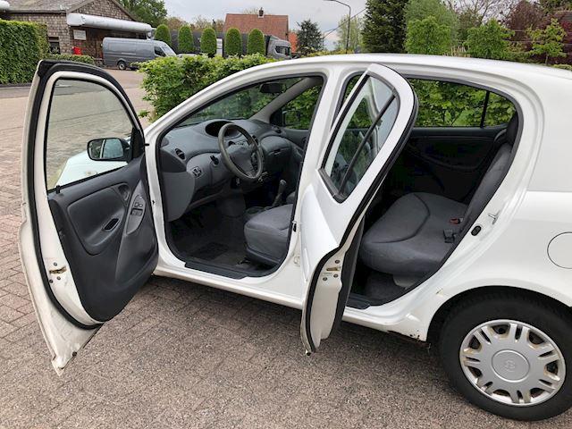 Toyota Yaris 1.0-16V VVT-i Luna apk 15-06-2022