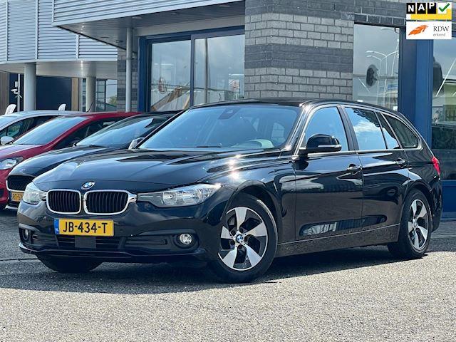 BMW 3-serie Touring 320d EDE NAVI ECC LMV PDC V+A SPORT STOELENMULTI-STUUR CRUISE-CONTROLE Corporate Lease Essential